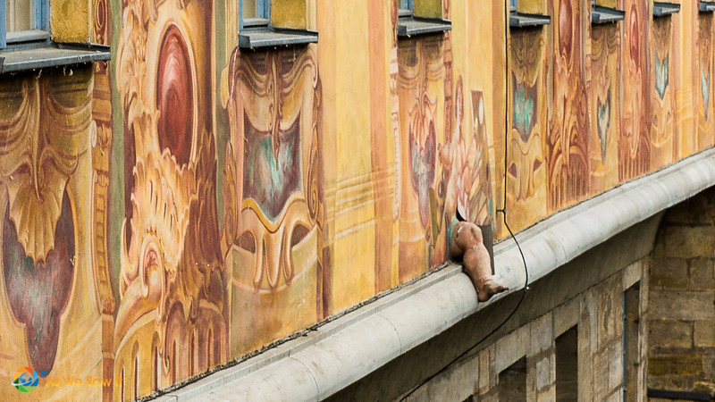 3-D leg sticking out from the side of Bamberg Old Town Hall