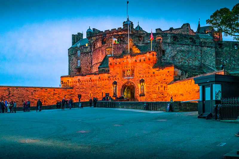 Edinburgh castle lit at night