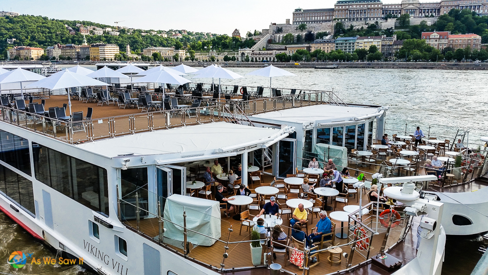 Viking Bragi and Viking Vili docked in Budapest