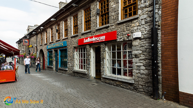 Shops along the Medieval Mile. This is one of the best things to see in Kilkenny Ireland.