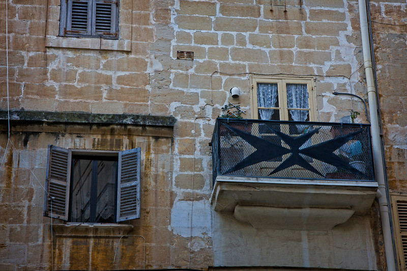 8 pointed cross seen throughout Malta