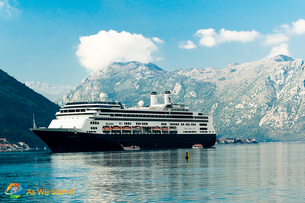 Cruising brings your closer to the magnificent sites of the world.