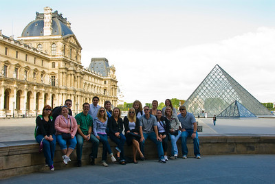 Study abroad group at the Louvre.