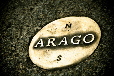 One of the Arago plaques that mark the Rose Line in Paris.