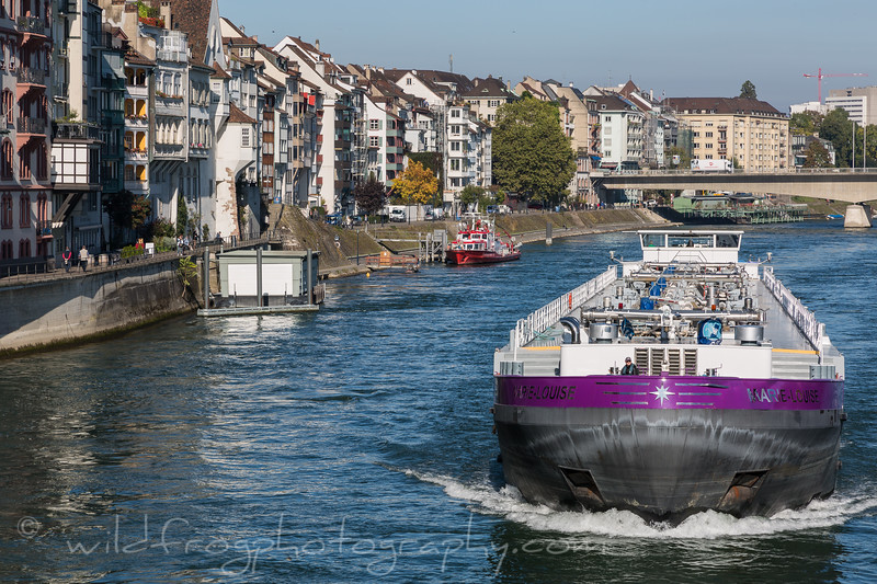 Barge coming up the Rhein, Basel