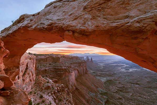 Mesa Arch Dawn