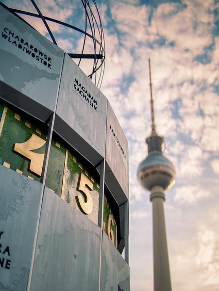 Weltzeituhr at Alexanderplatz