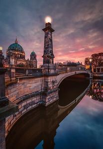 Friedrichsbrücke at sunset