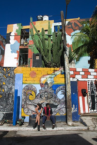 Callejon de Hamel. An alley devoted to art on the walls of buidlings and home to local dancing, singing and music on Sundays in Havana, Cuba.