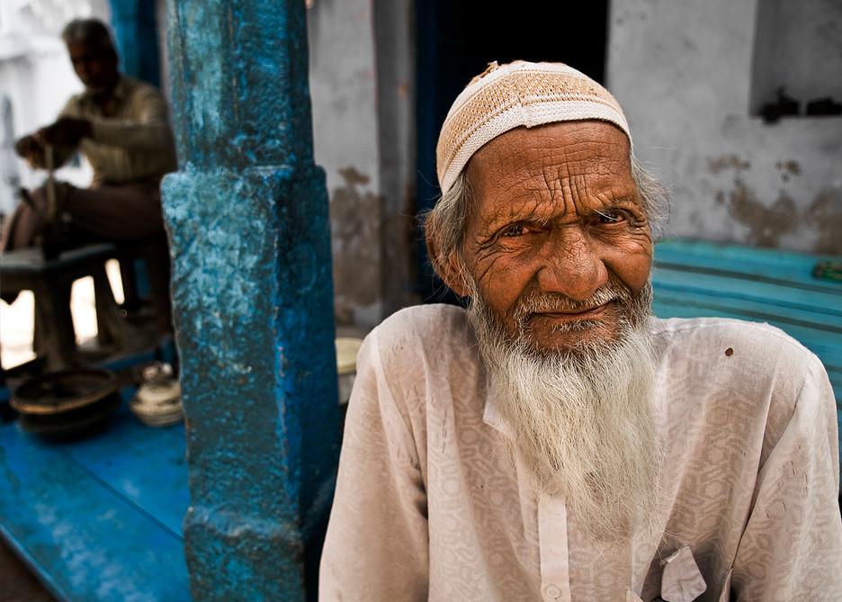 street scene, Bundi.<br /> <br /> Rajasthan, India, 2011.