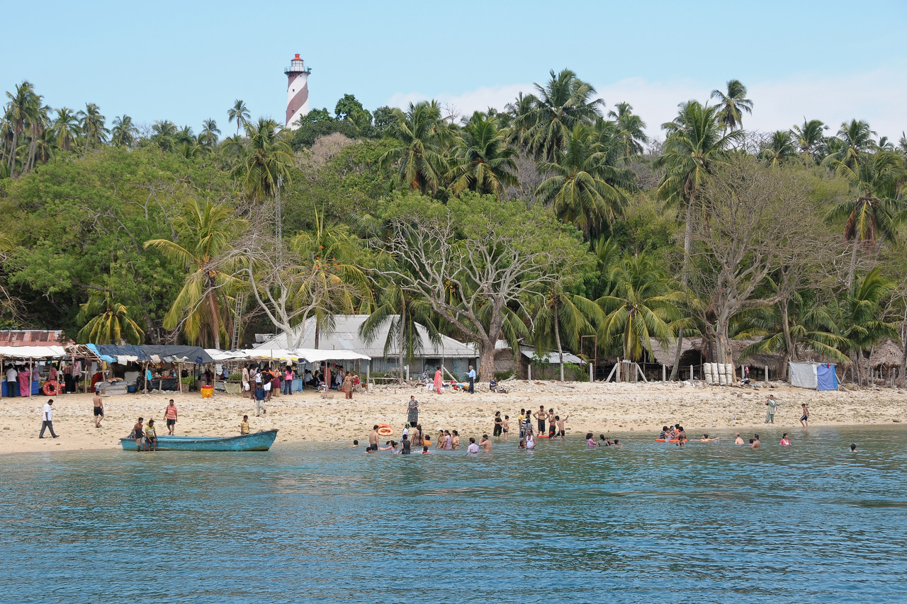 Swiming and snorkling at Jolly Buoy island at Port Blair, Andaman Islands.
