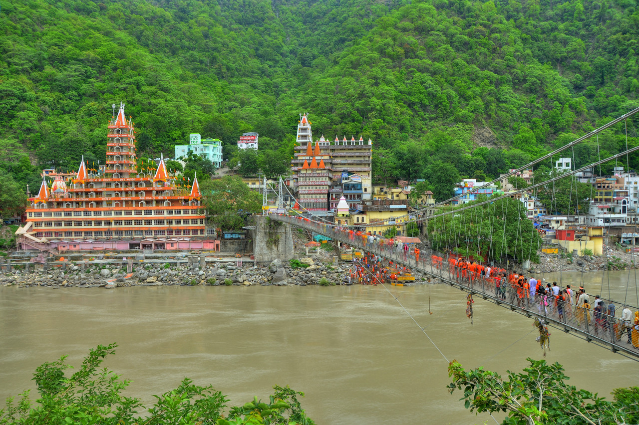 Lakshman Jhula at Rishikesh, Uttaranchal, (UK), India.