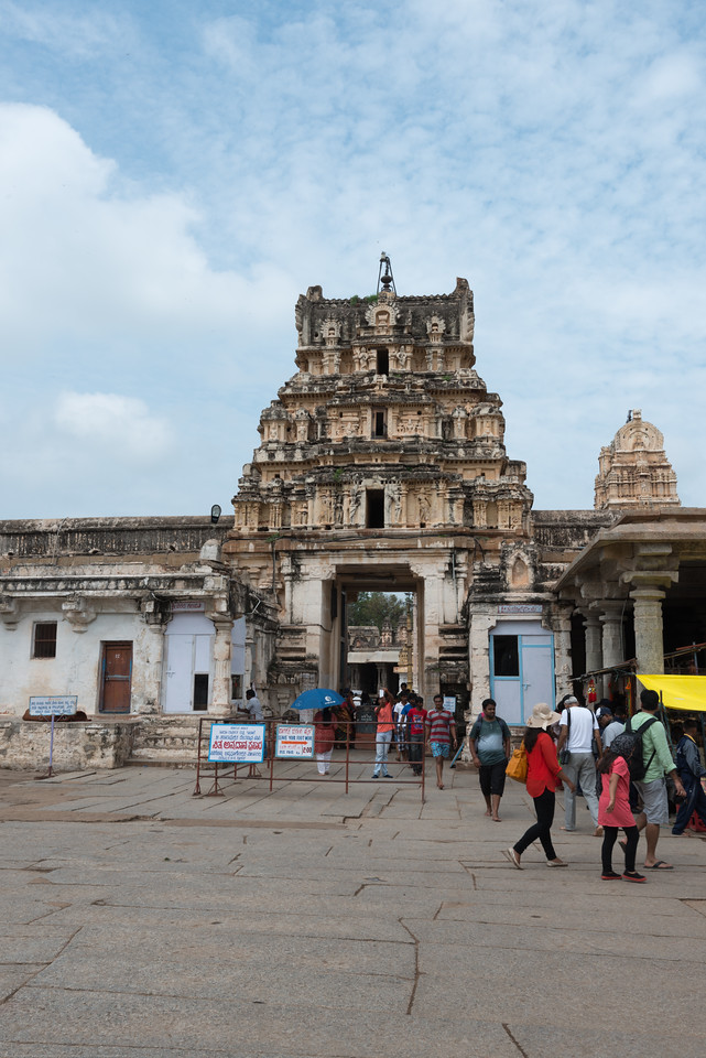 Virupaksha temple is the oldest and the principal temple in Hampi. This Lord Shiva temple is easily one of the oldest functioning temple in India. This east facing giant tower (Gopura) leads you the first courtyard of the temple complex.