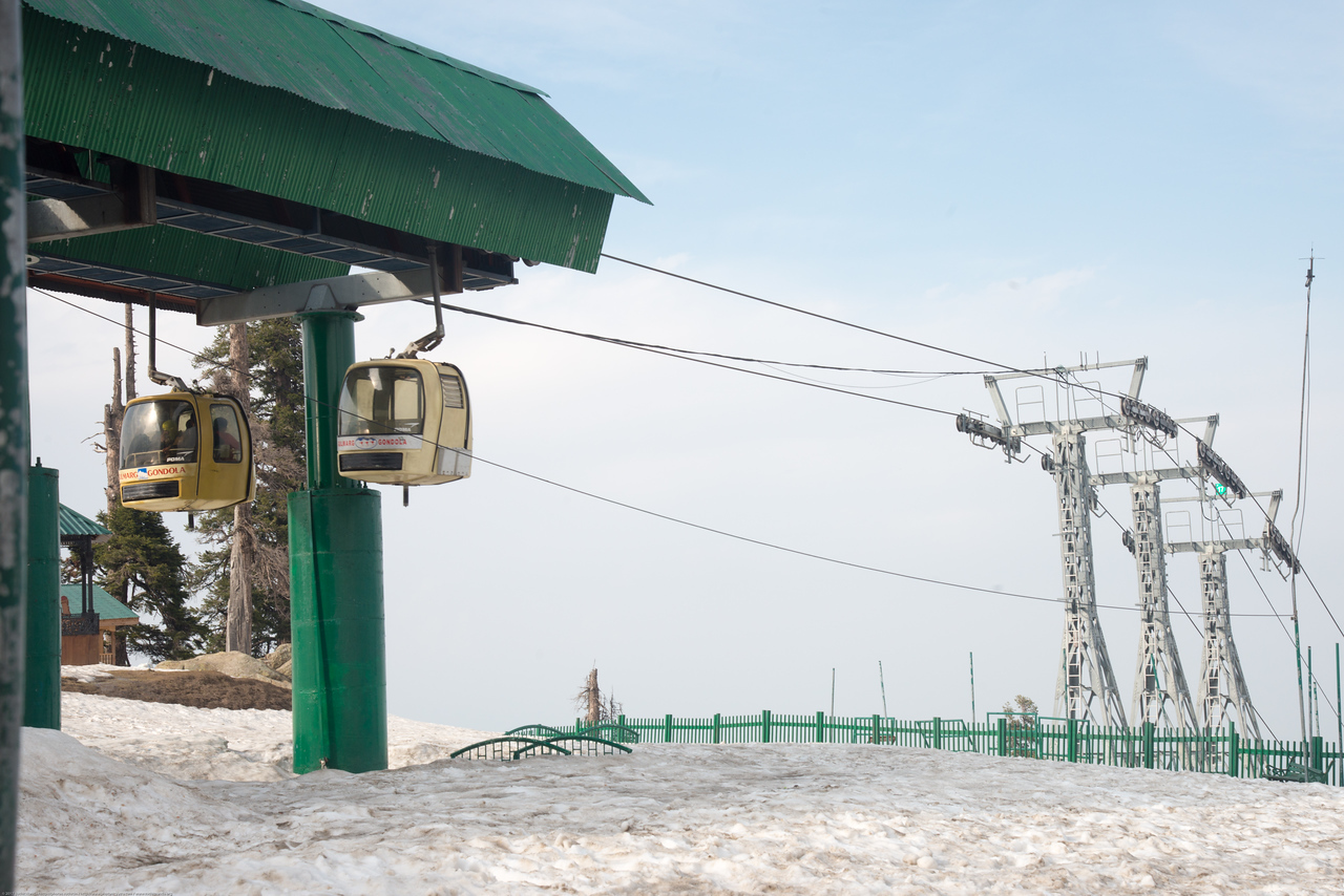 The gondola in Gulmarg, Kashmir, J&K, India. The gondola in Gulmarg, Kashmir, J&K, India. Gulmarg Gondola is the world's second highest operating cable car.