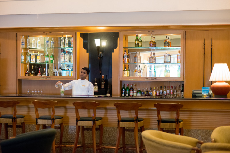 Bar at the Trident Hotel Cochin (ട്രൈഡെൻറ് ഹോട്ടല് കൊച്ചിന്), Willingdon Island, Kochi, Kerala. Built in 1567, located on Willingdon Island and set in a courtyard with landscaped gardens, this bright hotel in a tropical-style building is 6 km from the shops at Mahatma Gandhi Road and 2.6 km from the Paradesi Synagogue.