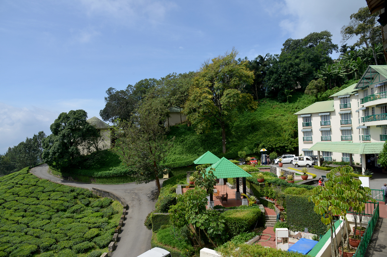 """Club Mahindra Munnar, Lakeview.<br /> <br /> Munnar ( മുന്നാർ ) is situated on the Kannan Devan Hills ( KDH ) Village in Devikulam taluk. Munnar is a famous hill station on the Western Ghats of India. A range of mountains situated in the Idukki district of the Indian state of Kerala. The name Munnar means """"three rivers"""", referring to the town's strategic location at the confluence of the Madhurapuzha, Nallathanni and Kundaly rivers."""