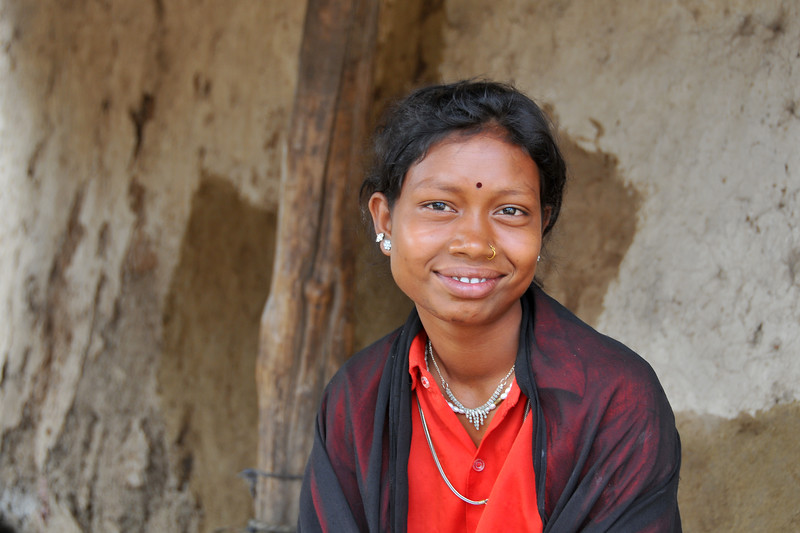 Portrait of a young girl in her village.<br /> Villages in rural India in the state of Maharashtra.