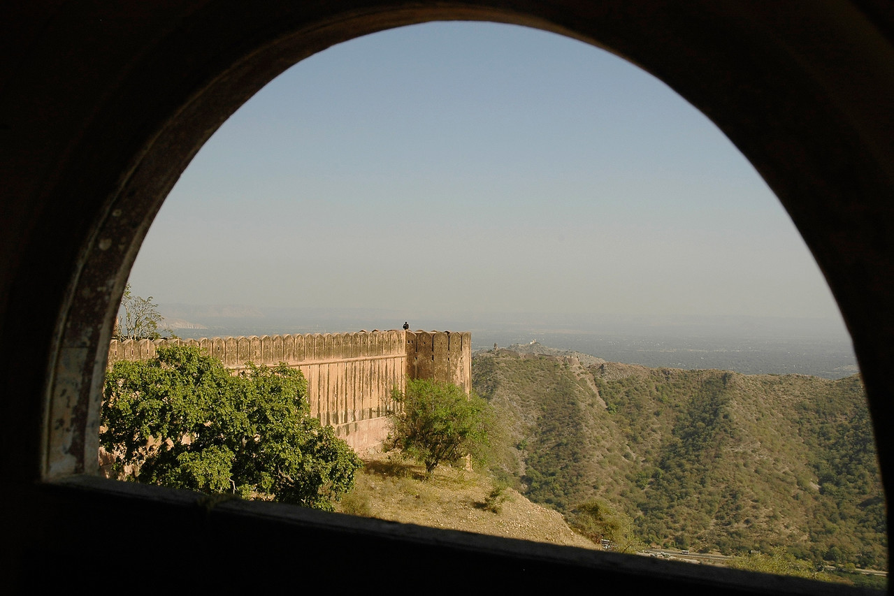 Jaigarh or the 'Fort of Victory' is perched on Chilh ka Tola (Hill of Eagles), 400 feet above the Amber Fort. The walls of the fort are spread over three kilometers. Once you enter through the massive south facing Doongar Darwaza, you'll instantly get a tangible feel of Rajput romanticism. and if you're lucky, Thakur Pratap Singh, a handsome Rajput with a fine moustache will be around to tell you stories of Jaigarh's illustrious past. The other entrance to the fort is through the Awani Darwaza in the east.