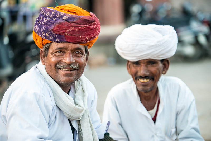 Locals in turbans assemble at Ghantaghar market, Jodhpur, Rajasthan, India.