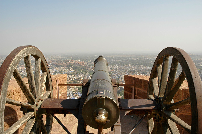 Cannons of the Mehrangarh Fort, Jodhpur. The palace apartments house a splendid collection of the trappings of the Indian royalty. The fort is visited by thousands of tourists every year who come to have a glimpse of the artillery system of the Rajput warriors. One can have a bird's eye view of the city from the fort. Jodhpur, Rajasthan, Western India.