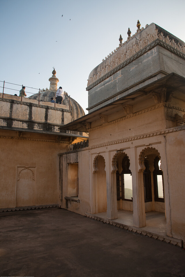 Badal Mahal is situated at the highest point of the fort. It was built by Rana Fateh Singh (AD 1885-1930). The palace is a two storeyed structure divided into two interconnected distinct portions i.e. the Zanana Mahal and the Mardana Mahal. This palace is profusely decorated with wall paintings. The Zanana mahal is provided with stone jalis which facilitated the queens to see the court proceedings and other events in privacy.