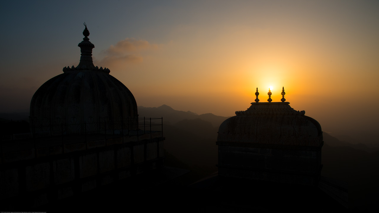 Setting Sun as seen from the top of the Kumbhalgarh Fort. <br /> The Fort is located on the westerly range of Aravalli Hills, in the Rajsamand District of Rajasthan state in western India is a Mewar fortress. It is a World Heritage Site included in Hill Forts of Rajasthan as per UNESCO. Built during the course of the 15th century by Rana Kumbha and enlarged through the 19th century, Kumbhalgarh is also the birthplace of Maharana Pratap, the great king and warrior of Mewar.