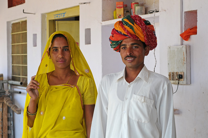 Sayar Singh and his wife in Chamunda Matha Road, Pushkar, Rajasthan, India<br /> The town of Pushkar is located 14 km North West of Ajmer. Pushkar is one of the oldest cities of India. It  has in recent years become a popular destination for foreign tourists. Pushkar, Rajasthan, India.