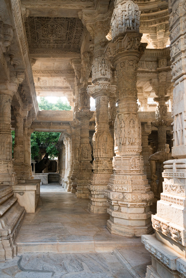 The Ranakpur Jain temple is a masterpiece of architecture. It has 24 pillared halls with 80 domes that are supported by 400 columns. <br /> The upper and lower parts of the domes are linked by brackets that have deities' sculptures. Each column is intricately carved and it is surprising to know that no two columns have the similar design. The temple has 29 halls, 80 domes and the pavilions include 1444 pillars. The figures of dancing goddesses, beautifully engraved on these pillars are an absolute architectural wonder. Ranakpur Jain Temple is dedicated to Tirthankara Adinatha, and said to be the most spectacular of the Jain temples and is one among the most famous places to visit in Pali, Rajasthan.