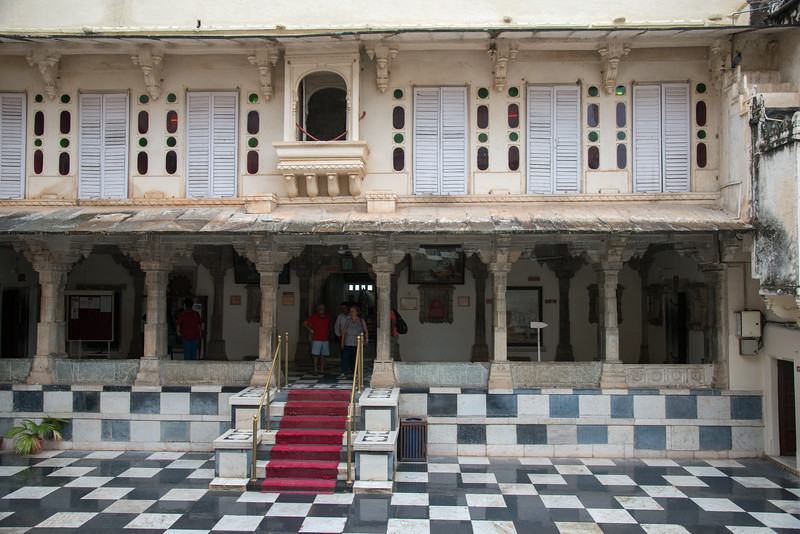Courtyard at City Palace, Udaipur, Rajasthan, India.