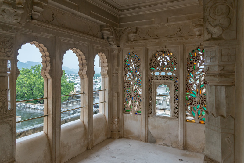 Viewing gallery at City Palace, Udaipur, Rajasthan, India.