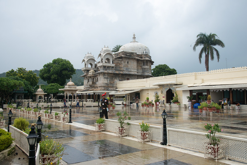 "Jagmandir (Jag Mandir)<br /> <br /> Jag Mandir is a palace built on an island in the Lake Pichola. It is also called the ""Lake Garden Palace"". The palace is located in Udaipur city in the Indian state of Rajasthan."