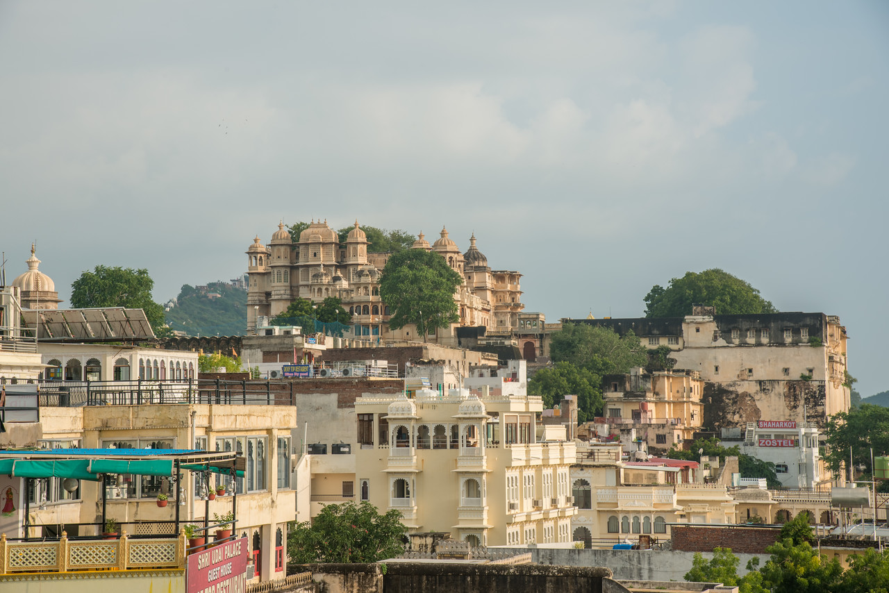 Elevated view of the City Palace, Udaipur, Rajasthan, India.