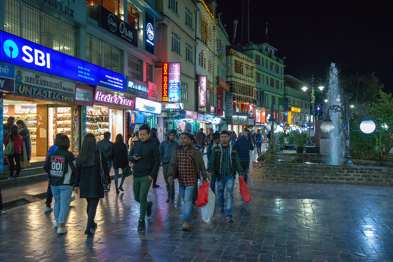 Night view at M.G. Mall Road, Arithang, Gangtok, Sikkim, North East India. Mahatma Gandhi Road or MG Road, is a street which is one of the focal point for tourists in Gangtok. Lined with shops both with branded items and with street-bargaining style shops.