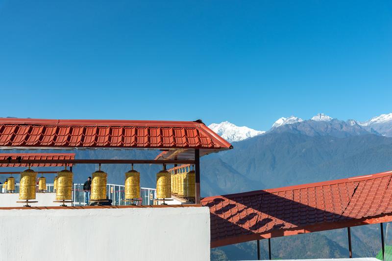 View from Sangachuling Monasetery / Chenrezing (गैंट स्टैचू संगचुलिंग मोनासेतेरी / चेंरेजिंग). Sanghak Choeling Monastery (संघक चोएलिंग मोनास्ट्री), Pelling City, Sikkim is a 17th-century Buddhist monastery near Kanchandzanga. North East India.