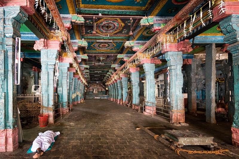 Afternoon siesta at Vaitheeswaran Koil (Sri Vaidyanatha Swamy Temple) - Lord Angaraka Temple (The Planet Mars).<br /> <br /> Vaitheeswaran Koil or Pullirukkuvelur is a Hindu temple dedicated to the Lord Shiva. The presiding deity is Sri Vaidyanathan - the God of Healing. 27 km from Chidambaram, and 110 km from Thanjavur in Tamil Nadu.