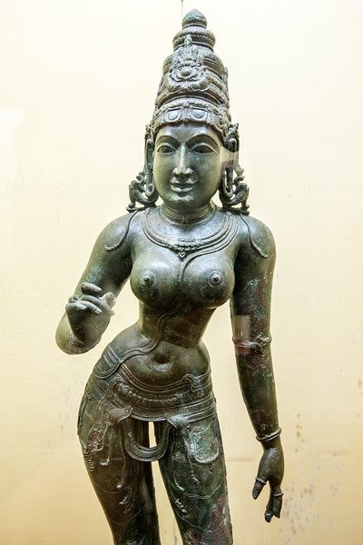 11-12th Century Parvathy statue. <br /> <br /> The Thanjavur Maratha Palace Complex, known locally as Aranmanai, is the official residence of the Bhonsle family which ruled over the Tanjore region from 1674 to 1855. The palace complex consists of the Sadar Mahal Palace, the queen's courtyard and the Durbar Hall. The Raja Serfoji Memorial Hall and the Royal Palace Museum are situated in the Sadar Mahal Palace. There is also a small bell tower. The Saraswathi Mahal Library is situated with the Thanjavur palace complex.