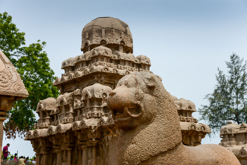 Panch Pandava Rathas (பன்ச் பாண்டவ ரதாஸ்). Pancha Rathas is a monument complex at Mahabalipuram, on the Coromandel Coast of the Bay of Bengal, in the Kancheepuram district of the state of Tamil Nadu, India. Pancha Rathas is an example of monolithic Indian rock-cut architecture.