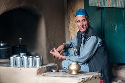 Tea and snack stall near Dandeshwar temple, Binsar, Uttarakhand.