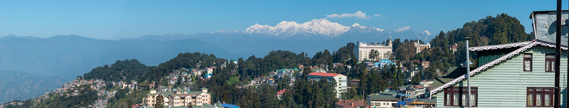 Panoramic Darjeeling, is located at an elevation of 6,700 ft (2,042.2 m) in West Bengal, North East India.