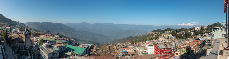 Panoramic views in Darjeeling. Darjeeling, West Bengal, North East India is located at an elevation of 6,700 ft (2,042.2 m).