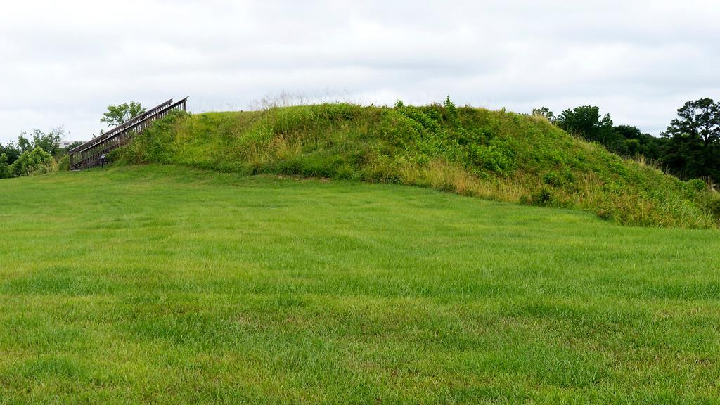Lesser Mound 1
