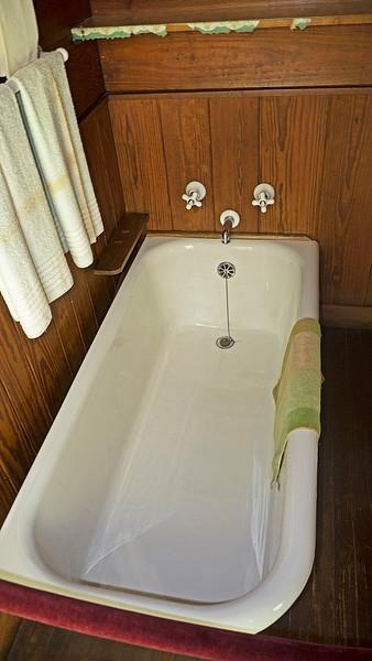 FDR's Bathtub