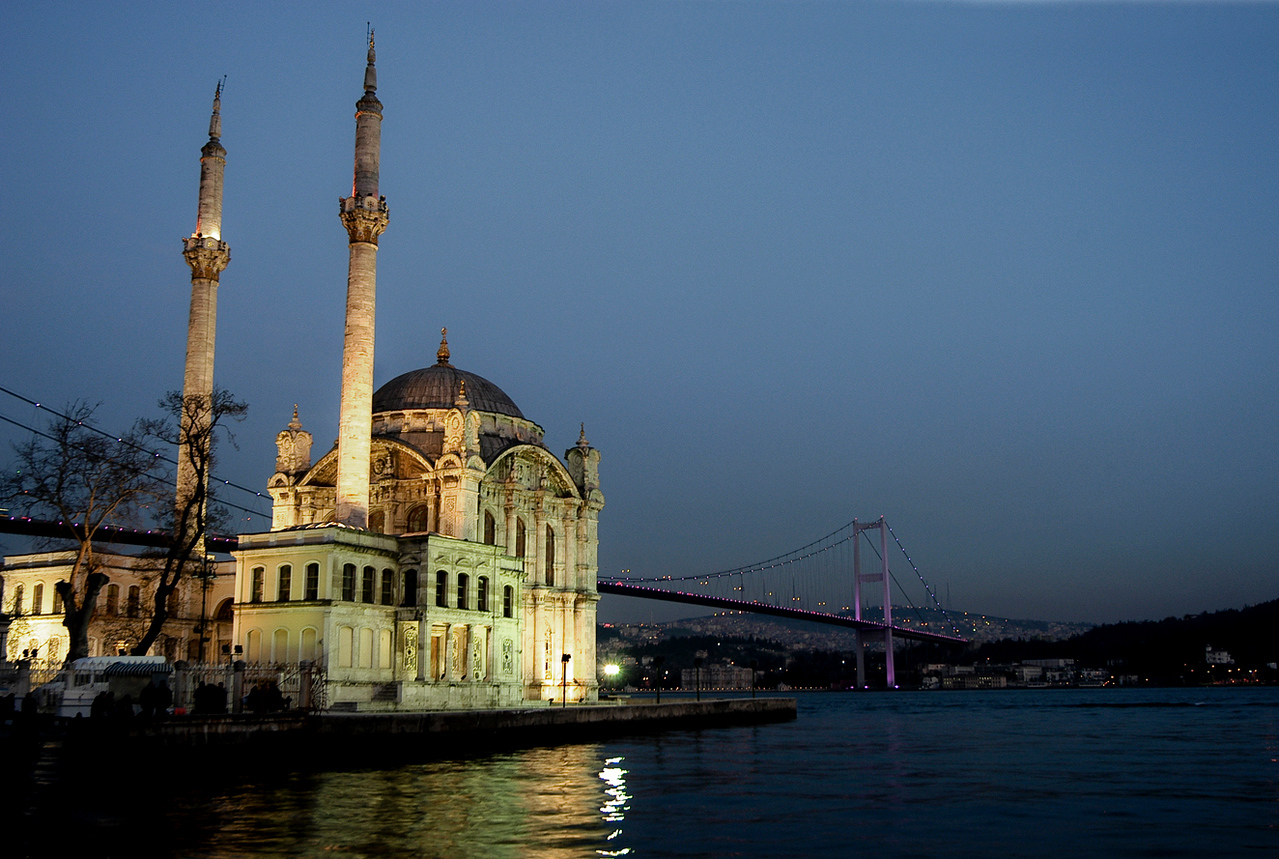 View of the Ottoman Neo-Baroque style  Mosque on the Bosphorus, as seen from the Ortaköy pier square.<br /> Ortaköy has had an important place in the daily life of the city during both the Byzantine and Ottoman periods. In the 16th century, the Ottoman Sultan Suleiman the Magnificent encouraged the Turks to move to Ortaköy and live there, which marked the beginning of the Turkish presence in the neighbourhood. One of the oldest buildings in Ortaköy is the Turkish Bath built by the famous Ottoman architect Mimar Sinan in 1556.<br /> <br /> Ortaköy, Turkey, 2009