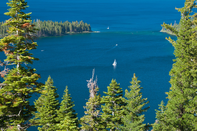 Sailing on Emerald Bay