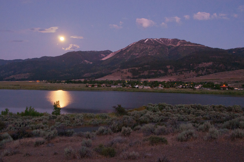 Moonset over Little Washoe 1