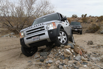 Ed's first ever foray offroad in the LR3