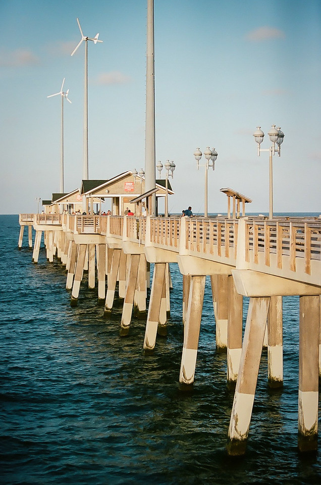 The pier. Kodak Portra. 2014.