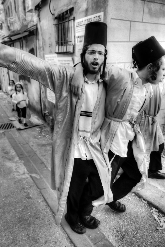 Purim Sameach, purim Sameach! (happy purim) can be heard as people dance, sing and even summer sault down the streets of Mea Shearim.