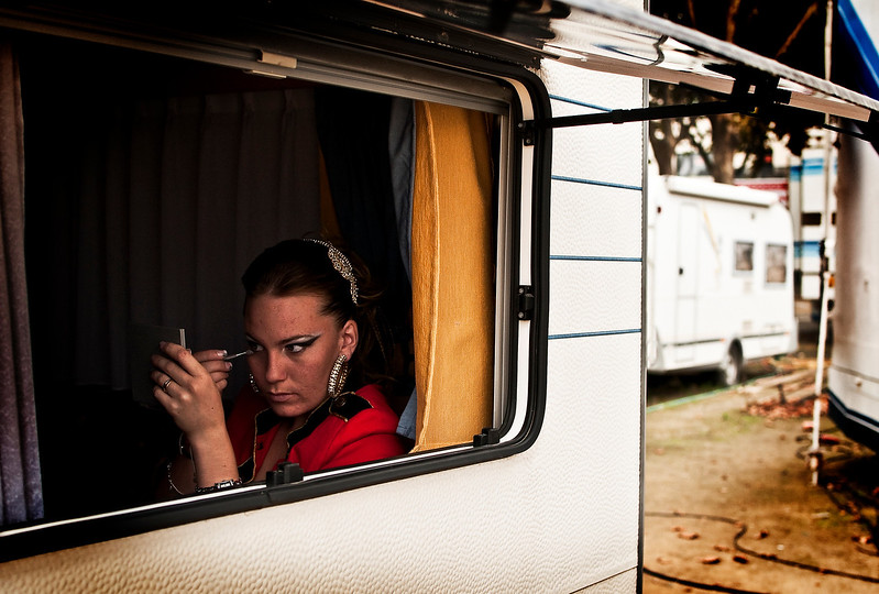 Hannelore is now 16 and therefore has moved out of the family caravan and into her own. Here she meticulously applies her makeup whilst listening to music from her i-pod.