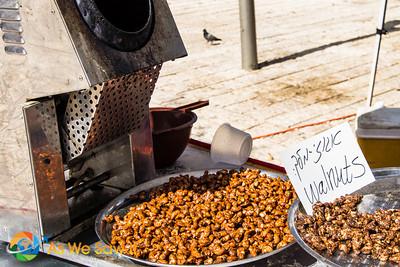 Street food - Roasted cashews